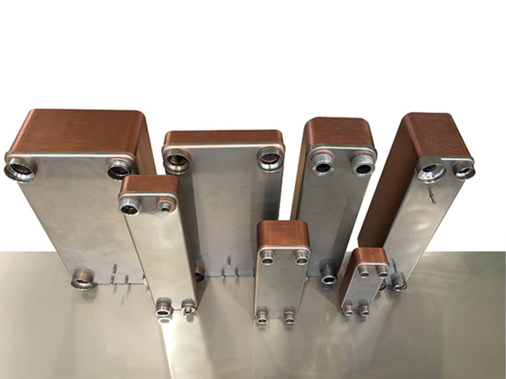 Brazed plate heat exchanger for refrigeration